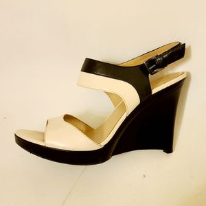 Via Spiga ivory/black wedge sandals - EUC